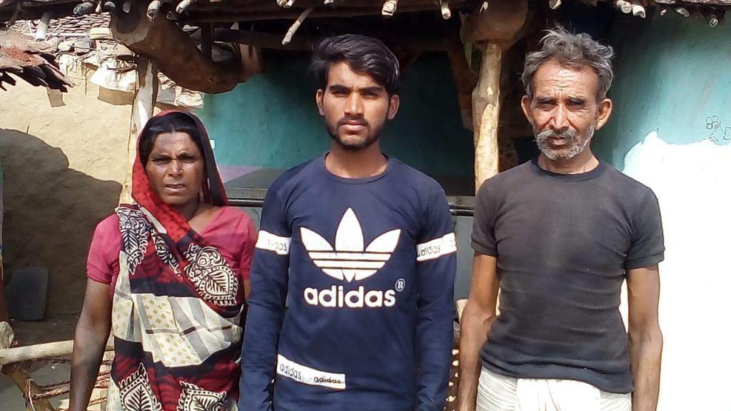 Lekhraj with his parents