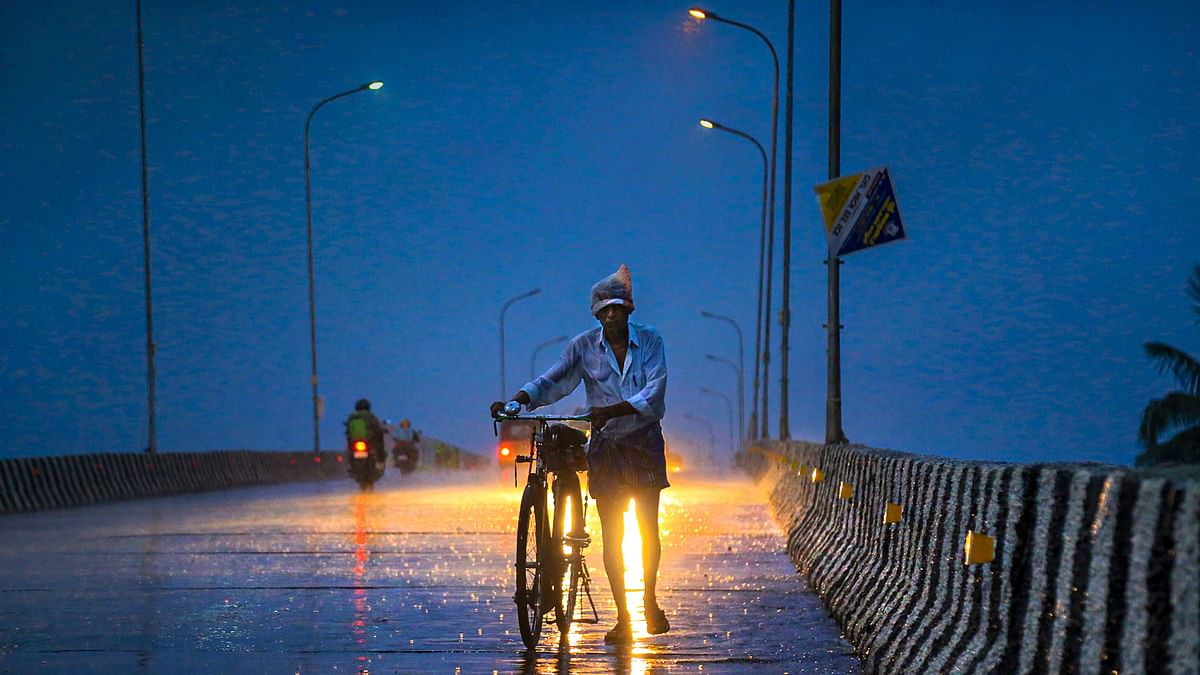 Severe Cyclonic Storm Likely to Hit Gujarat on 12 June Night: IMD