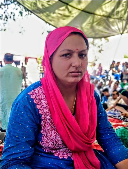 This is Madhu from April 2018 when the Hindu Ekta Manch was seen in large numbers, protesting at Koota Mod (junction) on NH-44. They demanded a CBI inquiry and were seen protesting in the favour of the arrested accused.
