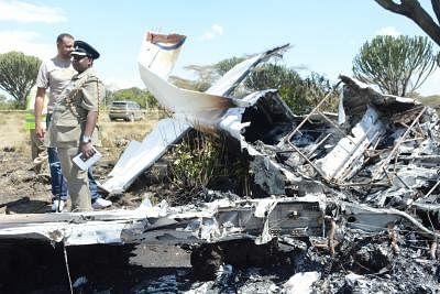 10 killed in US plane crash