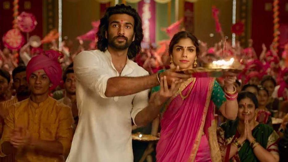 Meezaan-Sharmin's On-screen Chemistry Makes 'Malaal' Tolerable