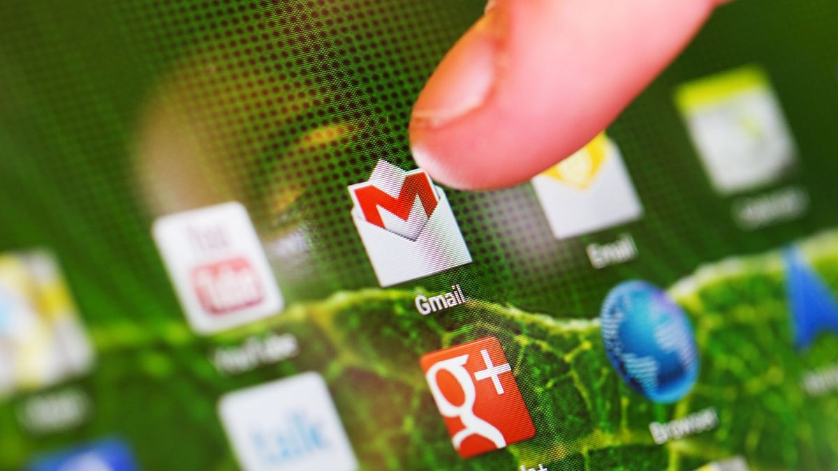 Gmail on mobile gets Dynamic Mail feature.