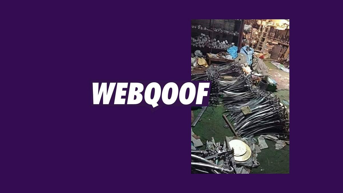 A picture which shows swords lying on the floor has been shared on WhatsApp with a claim that the Gujarat police found the weapons from a masjid in the state.