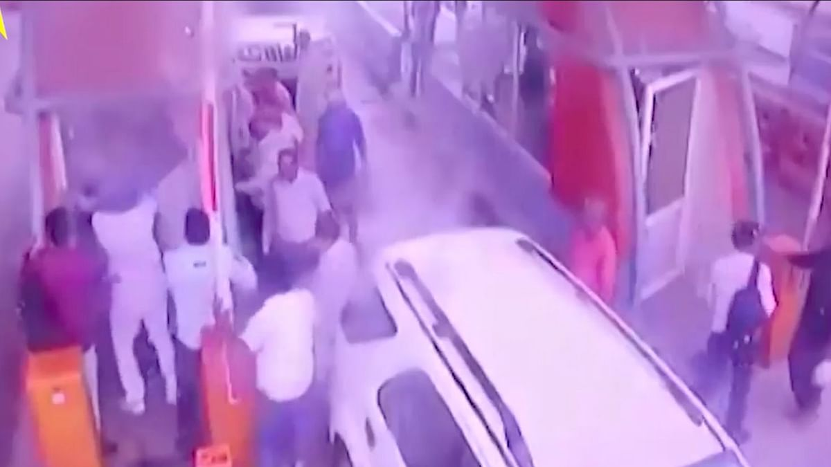 Watch: BJP Leaders Thrash Toll Plaza Workers on Yamuna Expressway
