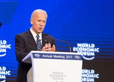 DAVOS, Jan. 18, 2017 (Xinhua) -- U.S. Vice President Joe Biden speaks at the 47th Annual Meeting of the World Economic Forum (WEF) in Davos, Switzerland, on Jan. 18, 2017.(Xinhua/Xu Jinquan/IANS)(gl)