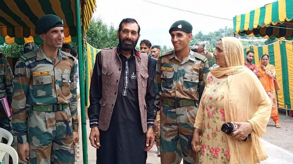 Brothers of Slain Jawan Aurangzeb Among  Army's New Recruits