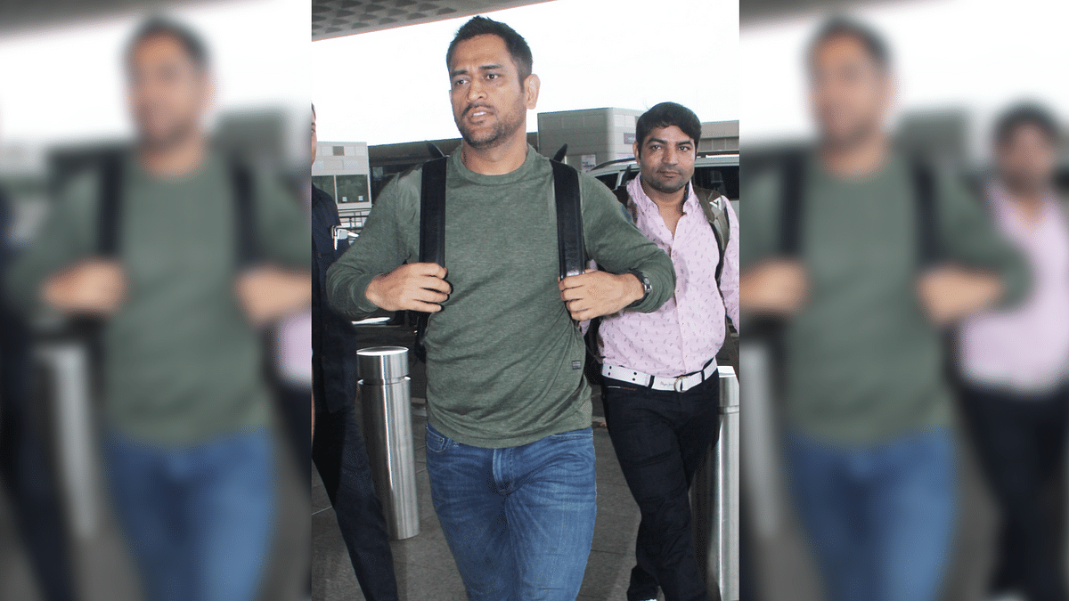 Amid Reports of Army Training, MS Dhoni Spotted at Mumbai Airport