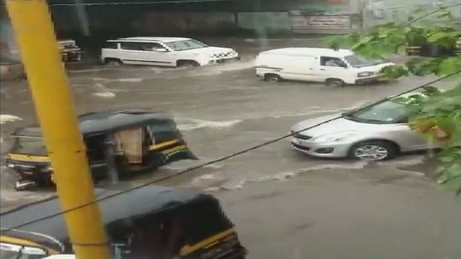 Streets of Dahisar area, Mumbai flooded due to heavy downpour.