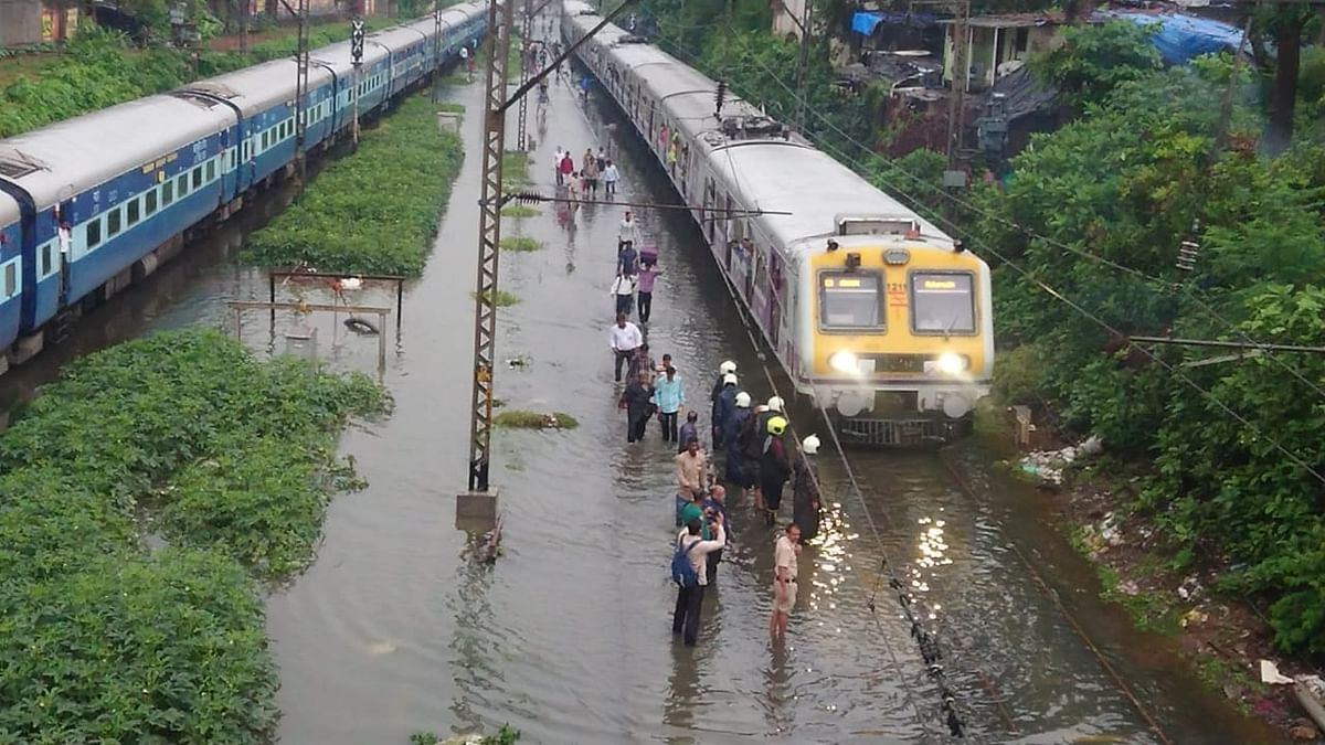 Trains at Sion to Matunga route railway have been waterlogged.