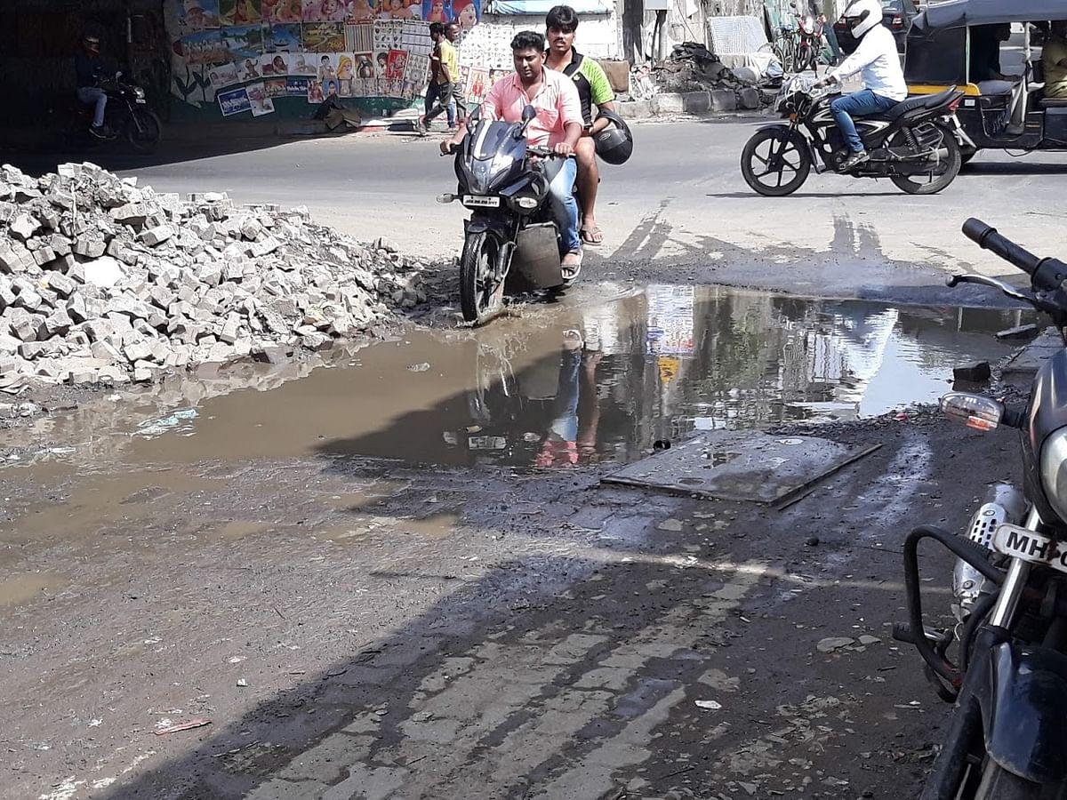 With 83 Potholes in Bandra Alone, How Can Mumbai Tackle  Monsoon?