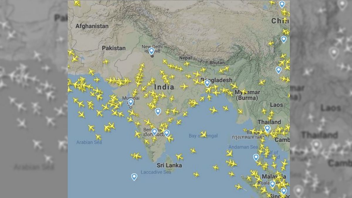 Pakistan Won't Open Airspace Until India Withdraws Fighter Jets