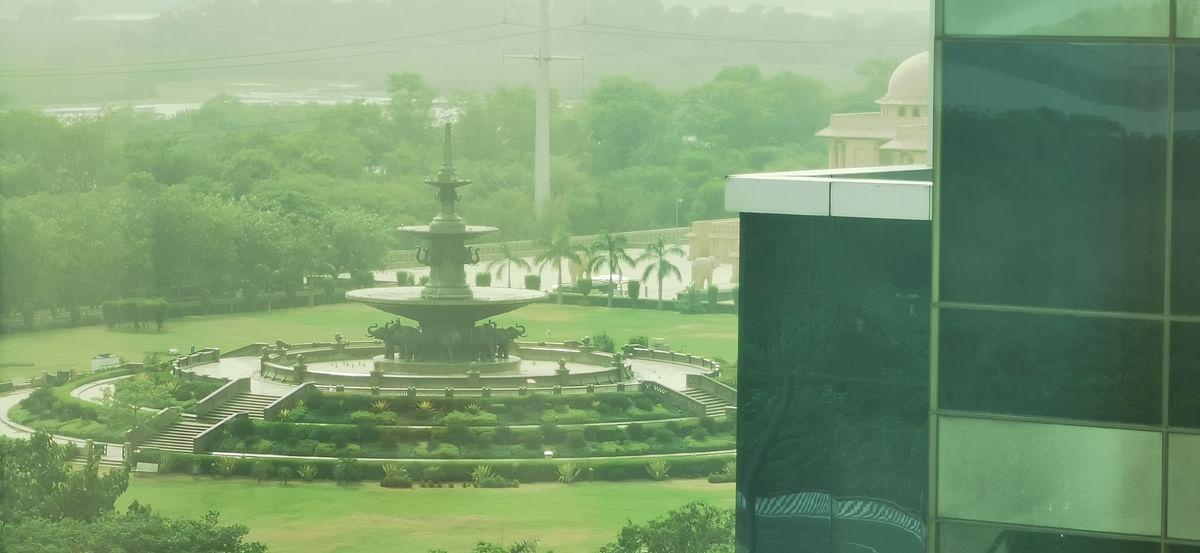 Image taken using the 5x zoom.