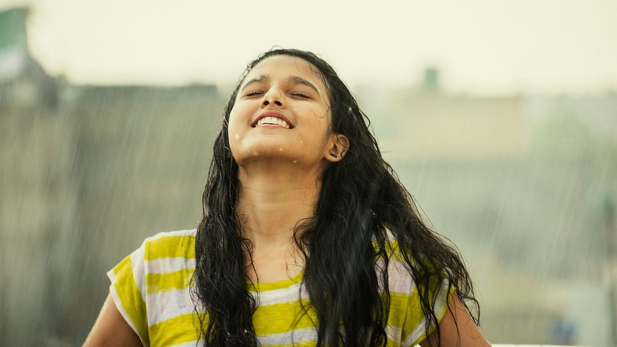 Sawan Jukebox: Songs to Soothe You During This Monsoon