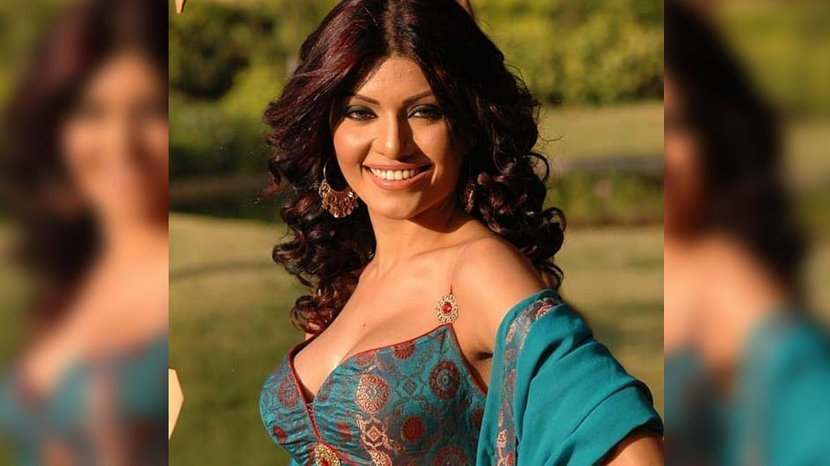 Bollywood actor Koena Mitra might be in the <i>Bigg Boss </i>house