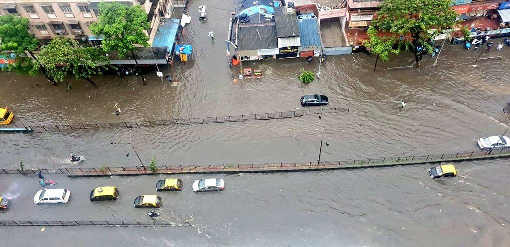 Mumbai Rains: IMD Warns Citizens of Heavy Rainfall on 9-10 July
