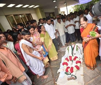 Hyderabad: The mortal remains of Former Union Minister and party leader from Telangana, S. Jaipal Reddy ahead of his last rites in Hyderabad on July 29, 2019. (Photo: IANS)
