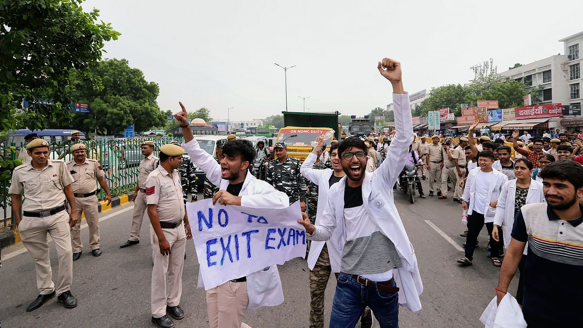 Why Are Doctors Opposing National Medical Commission Bill?