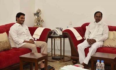 Hyderabad: Andhra Pradesh Chief Minister Y.S. Jagan Mohan Reddy meets Telangana Chief Minister K. Chandrashekar Rao in Hyderabad on Aug 1, 2019. (Photo: IANS)