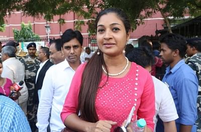 AAP's Alka Lamba marshalled out of Delhi Assembly