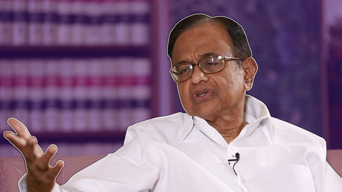 Lawyers Protest SC Denial of Urgent Hearing on Chidambaram's Plea