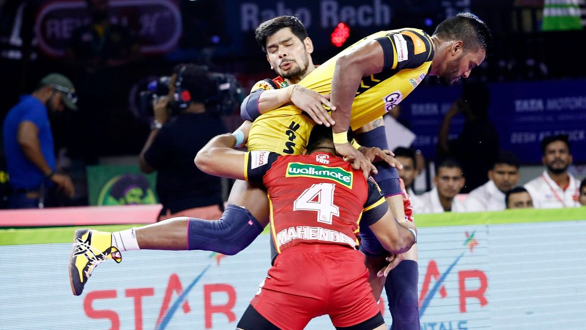 During half-time Bengaluru was leading 21-14.