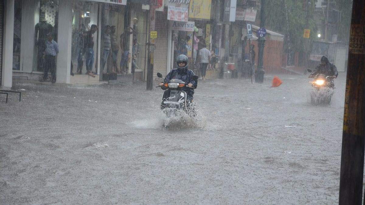 Flood-Like Situation in Vadodara, Over 1,000 Evacuated