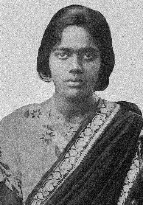 Pritilata Wadeddar set afire a British club that had a signboard that read, 'Dogs and Indians not allowed'.