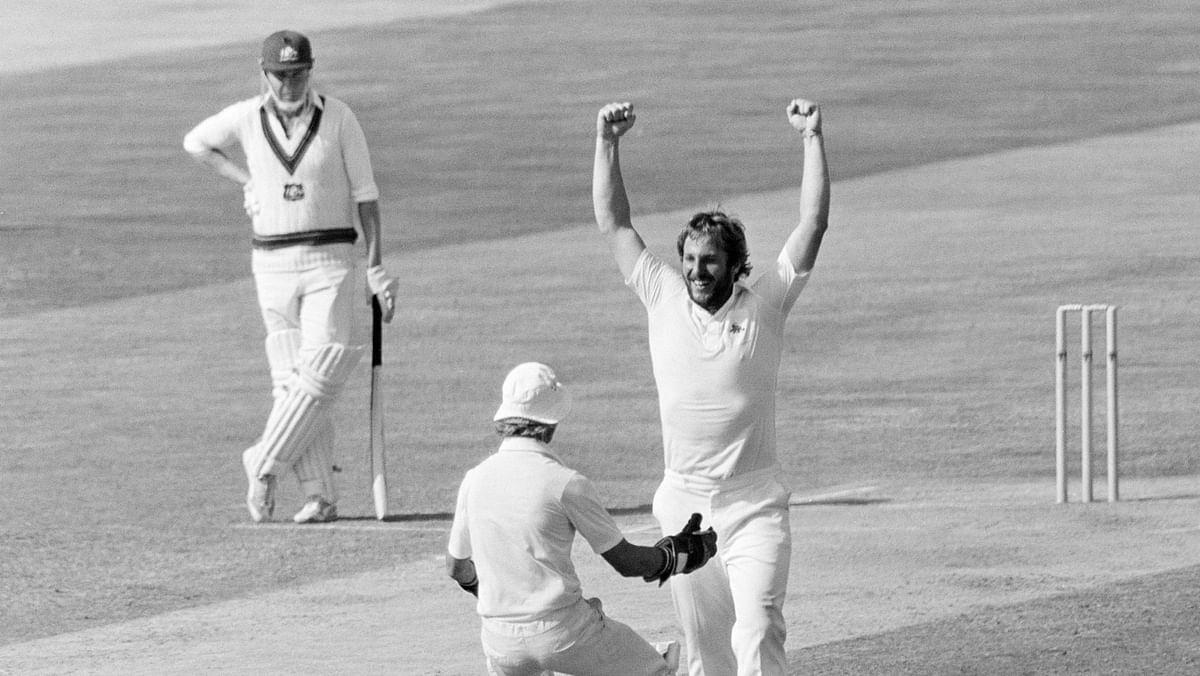 "England's Ian Botham picked up five wickets and gave away just one run in the fourth Ashes Test in 1981.<a href=""https://www.facebook.com/icc/photos/a.163728620312909/2726320120720400/?type=3&amp;eid=ARA_z5ylxPOxVC5k98qTJi1YA78lEcboLafoFIHeT2IDdXmb9NVQ6k4kbVNtd-H8zzJK2cyVNm1VgEtu&amp;__xts__%5B0%5D=68.ARAtrRtxi9GuYM6dSDY4CmvsBbntjuujR105DV0O69AZ--QltKWVtbrmyXsfDSWvEjBEVMrWba1hFEID7FC-xJ9yTDgbOVJRljmgEbK74V0vIIaY8KTs4YYe6T4m7CvUezkiKmsI5T4-IG6ccTQ_aX9hnYryp_Th12RXMqkkEu9RJcorvcSdVXb7ArDDDfJZfRulFy8pM00k9oFZ66ye2RRxn-1DhciYtW13DMu6LQ7QDjV6slGMIGYTxXdaS5R0Sq_XUibJwgjaptiiZ5zp1W8sGvYXfb0ZGgg0kJRHrM7N7qFU&amp;__tn__=EHH-R""></a>"