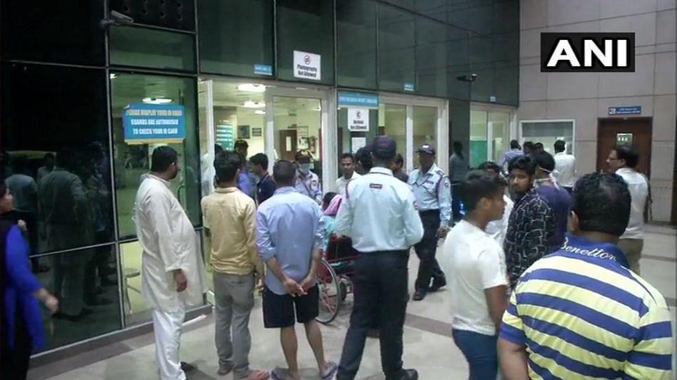 Doctors Thrashed at Safdarjung Hospital, RDA Calls for Strike