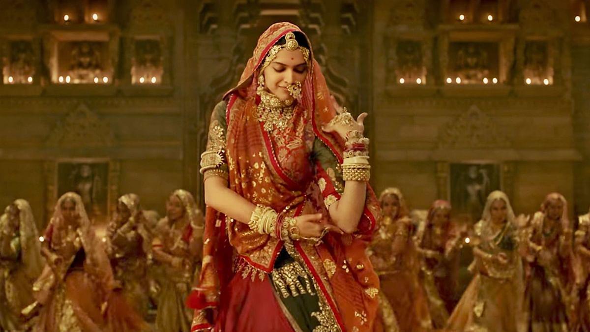 Deepika Padukone dancing to <i>Ghoomar </i>in <i>Padmaavat</i>.
