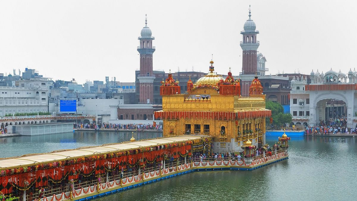 Devotees Throng Golden Temple to Celebrate 1st Prakash Purb Utsav