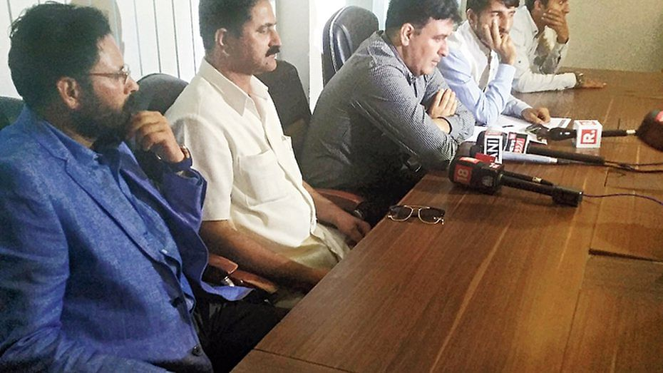On Monday, 9 September, a group of five Kashmiris claimed to have floated a new mainstream political party by the title of Jammu and Kashmir Political Movement (I).