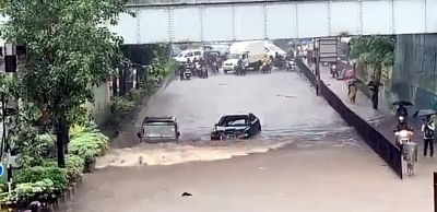 Amid heavy rain that has disrupted normal life here, with people posting pictures and videos on the citys flooded roads, a video has gone viral showing a Jaguar is stranded in a flooded underpass at Airoli in Navi Mumbai, but an Indian-made SUV Bolero zips past despite the flooding and gets to the other side of the road without any incident.