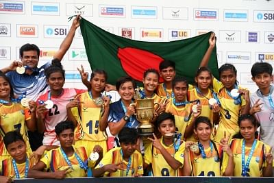 In the final of U17 Girls SubrotoCup International Football Tournament, Bangladesh Krida Shiksha Prothishtan successfully defended their title by defeating Nilmani English School, Manipur by a score line of 4-0.