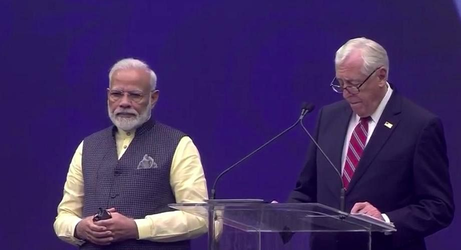 House Majority Leader Steny Hoyer talks as he welcomes PM Modi to Houston.