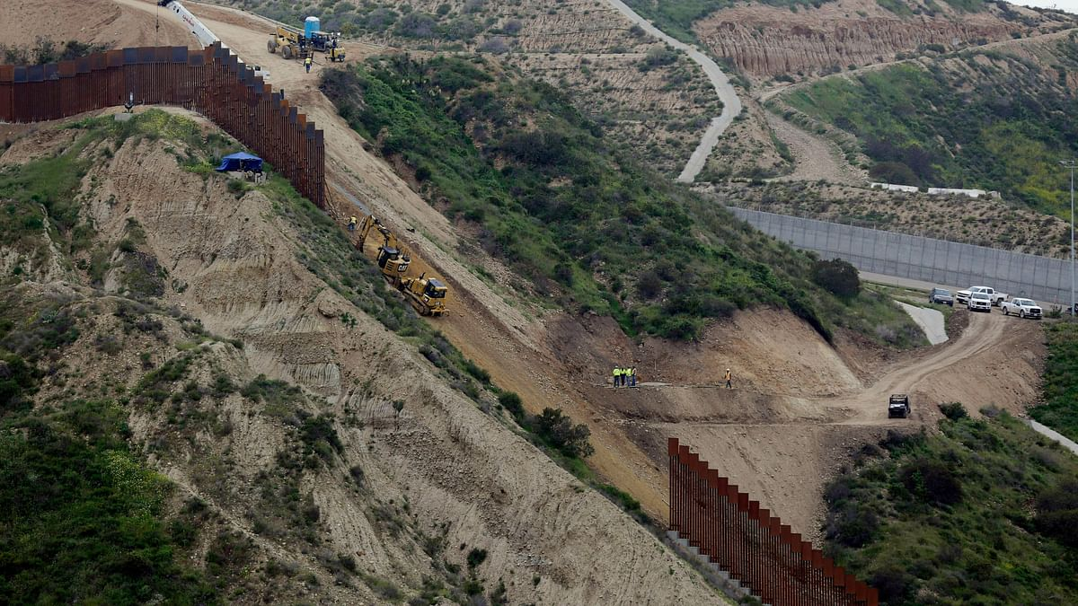 COVID Forces Indians Among Other Refugees to Reach US-Mexico Wall