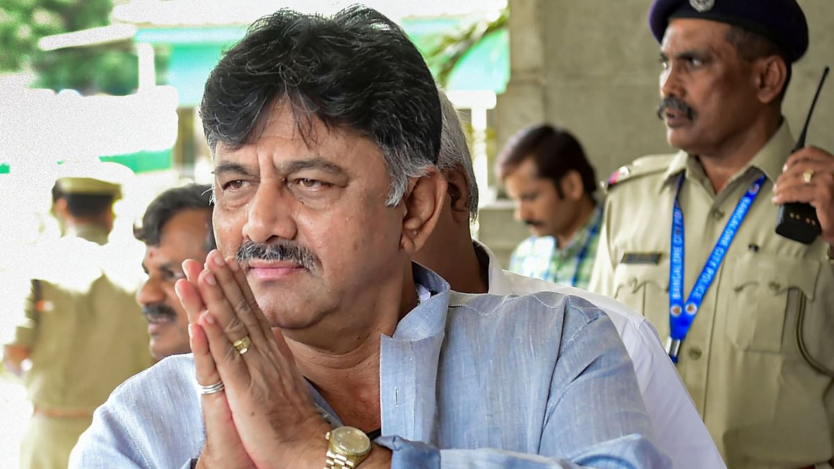 K'taka Cong Chief DK Shivakumar Tests COVID Positive, Hospitalised