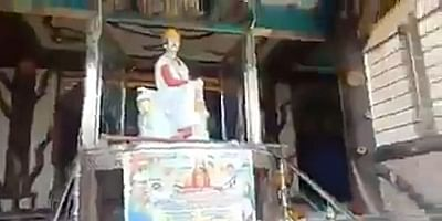 Social media has erupted in anger and disgust over anti-Hindu riots in Ghotki town of Sindh province and netizens have demanded immediate arrest of Mian Mitthu, infamous for his role in abduction of girls belonging to Hindu and other minority communities and converting them to Islam in Pakistan.