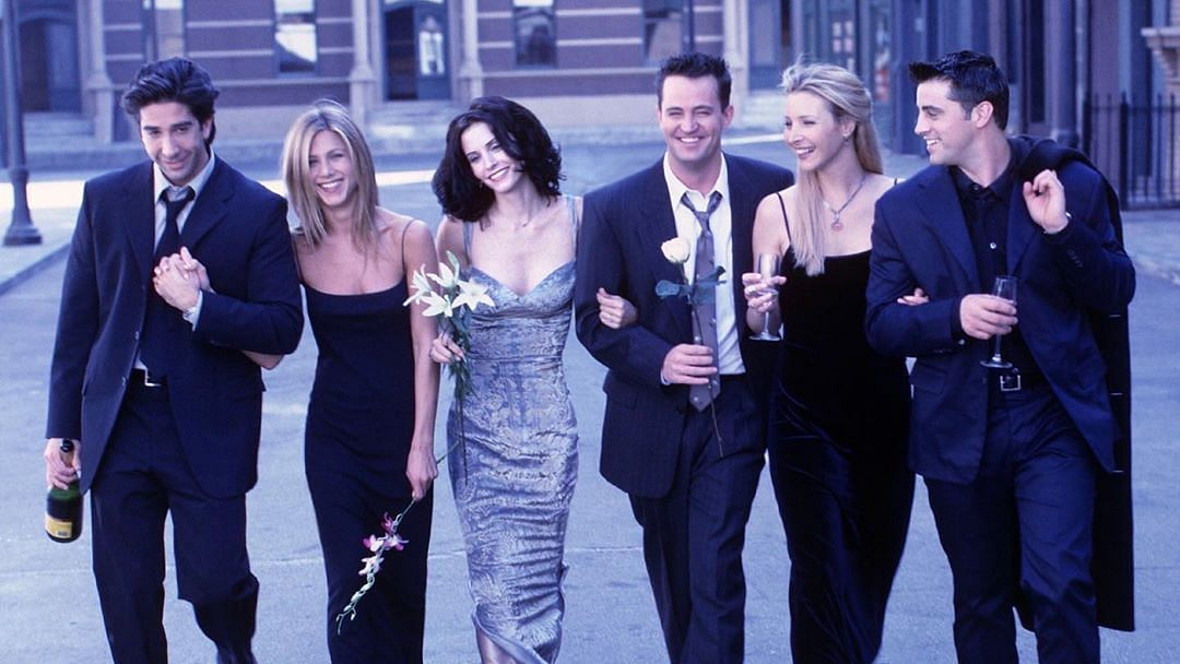 <i>Friends </i>cast posted identical pictures on Instagram.&nbsp;