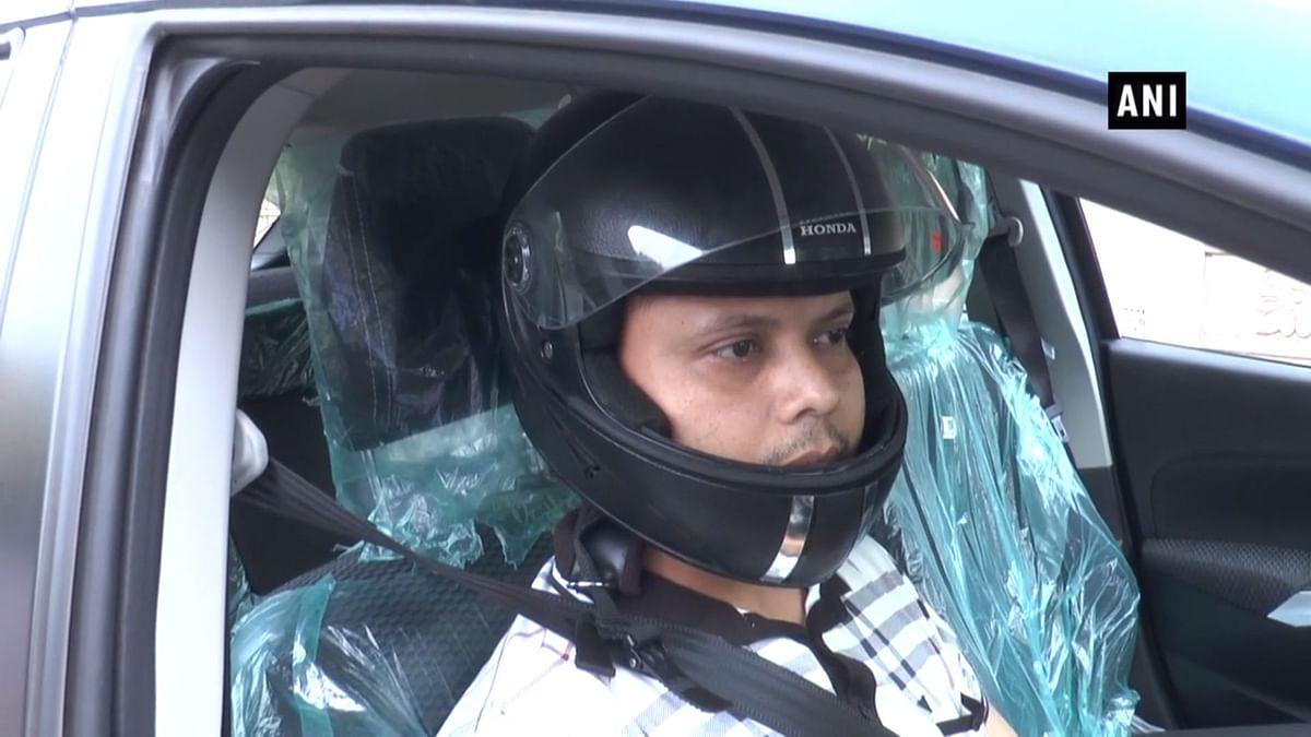 Aligarh Man Wears Helmet in Car After Allegedly Getting Fined
