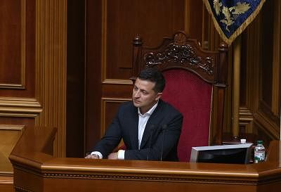 KIEV, Aug. 30, 2019 (Xinhua) -- Ukrainian President Volodymyr Zelensky attends the parliament session in Kiev, Ukraine, Aug. 29, 2019. Ukrainian parliament of the 9th convocation appointed Oleksiy Honcharuk to be the Ukrainian prime minister, information on the parliament