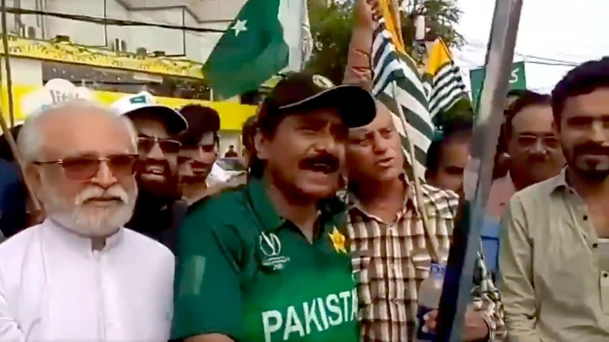 'If I Can Hit Sixer With Bat, I Can Also Kill With Sword': Miandad