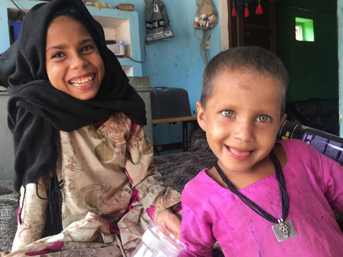 Manseera (on the right), Khan's youngest, has the same eyes as her father, says Asmeena.