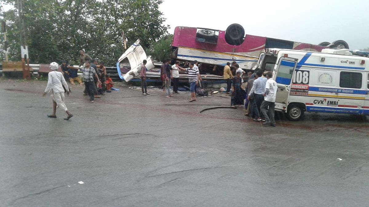 At Least 21 Killed in Gujarat Bus Accident, PM Expresses Grief