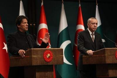 Turkish President Recep Tayyip Erdogan and Pakistani Prime Minister Imran Khan. (Xinhua/Mustafa Kaya/IANS)