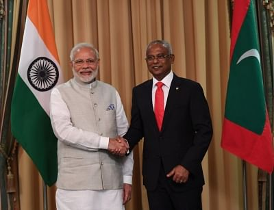 Male: Prime Minister Narendra Modi felicitates Ibrahim Mohamed Solih on his assumption of office as the 7th President of Maldives in Male, Maldives on Nov 17, 2018. (Photo: IANS/MEA)