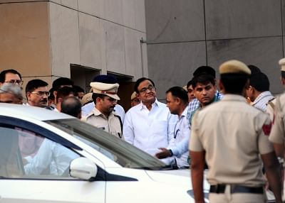 New Delhi: Former Union Minister P. Chidambaram at Rouse Avenue court complex in New Delhi on Aug 22, 2019. A special CBI court here on Thursday granted the probe agency four days of custody of former Union Minister P. Chidambaram for questioning in the INX Media case. Special Judge Ajay Kumar Kuhar announced the order after reserving it for some time following the hearing where Solicitor General Tushar Mehta appeared for the Central Bureau of Investigation, and senior Congress leaders Kapil Sib