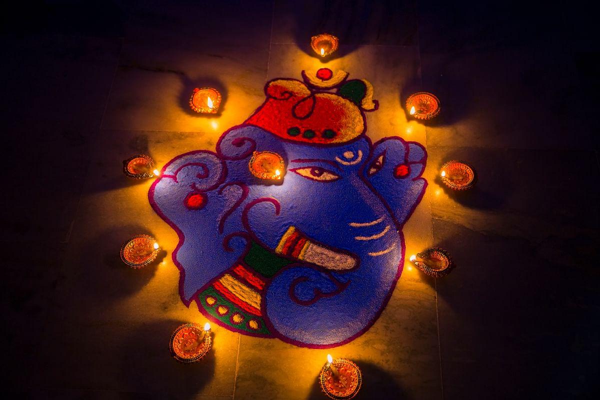 Rangoli design for Ganesh festival.