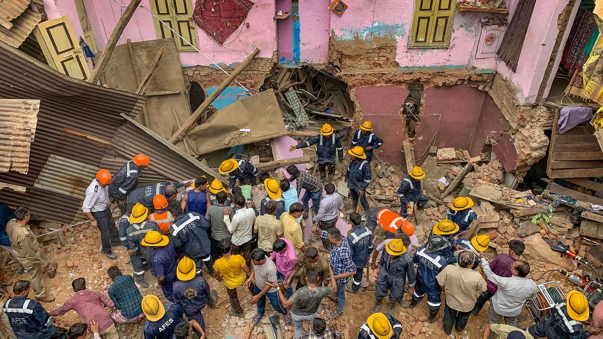 5 Killed After 3-Storey Building Collapses in Ahmedabad