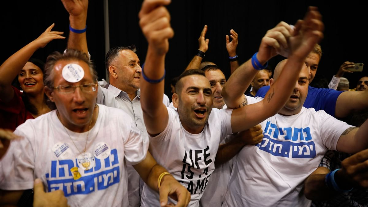 Israel's Two Main Political Parties Deadlocked After Election